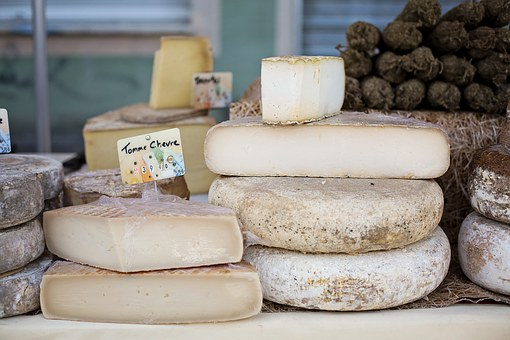 French Cheese: Top 10 Famous Cheese To Satisfy Your Palate